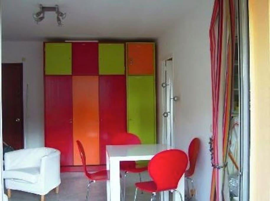 grand studio proche cannes appartements louer mandelieu la napoule provence alpes c te d. Black Bedroom Furniture Sets. Home Design Ideas