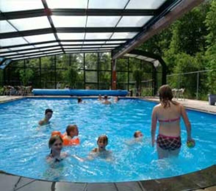 Familiepark de Vechtvallei - Safari tent 6 persons incl. sanitary