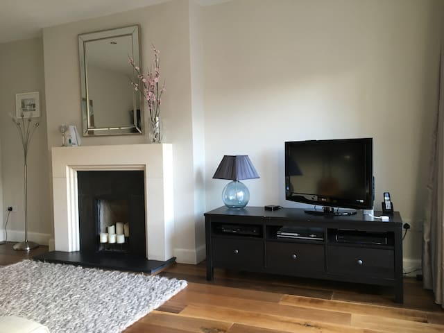 Coastal family home with sea views - Malahide - Ev