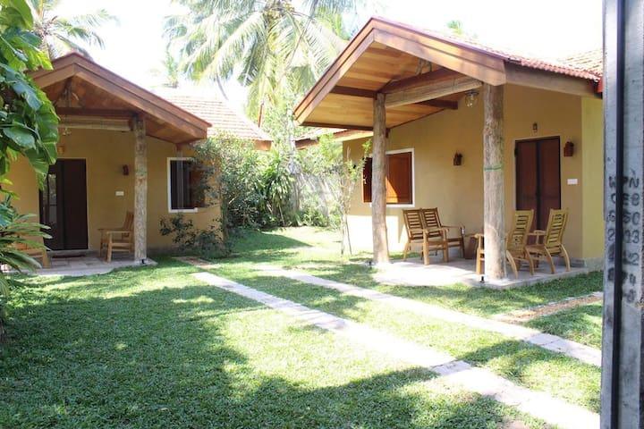 Super Luxury Chalet @ Villa Shade Negombo