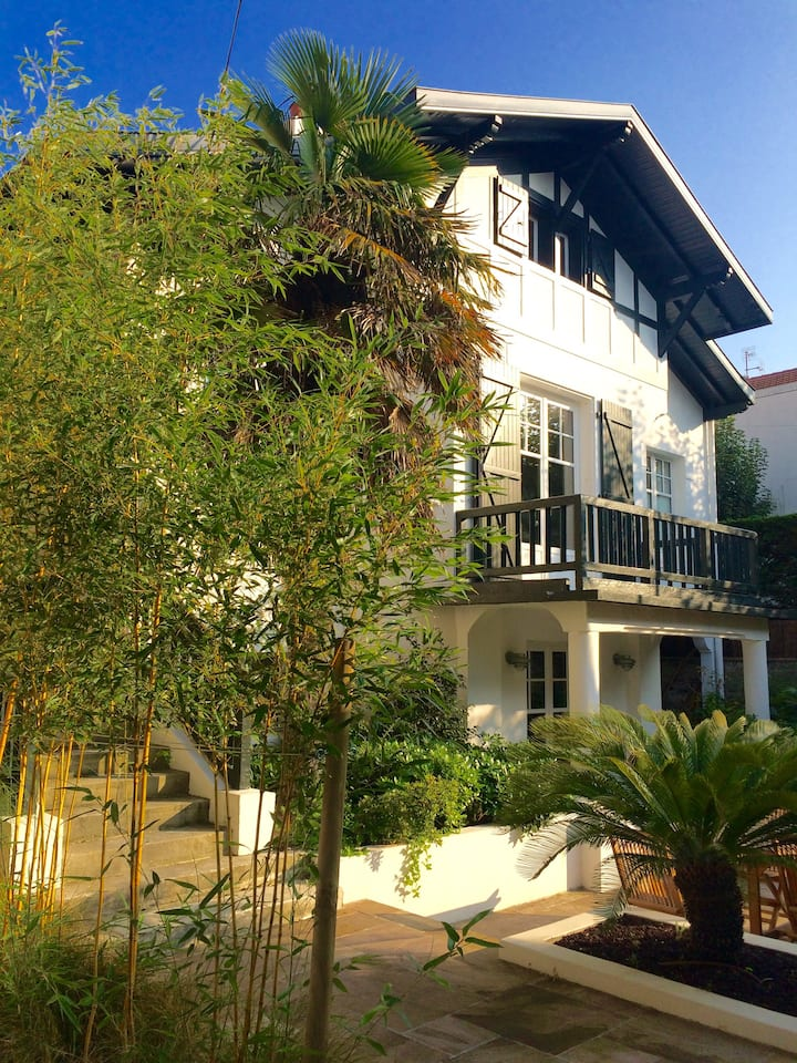 Biarritz - Charme et confort - Plage 12 min à pied