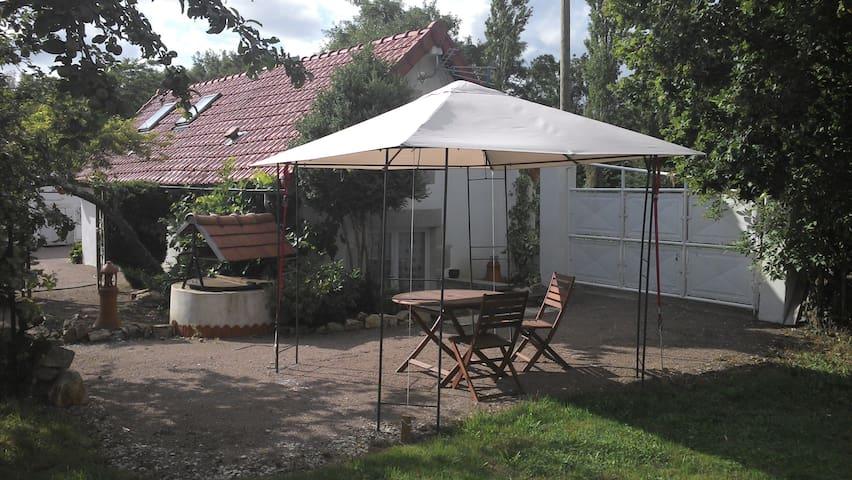 Studio pour Hôtes à Magny-Cours - Magny-Cours - Apartament