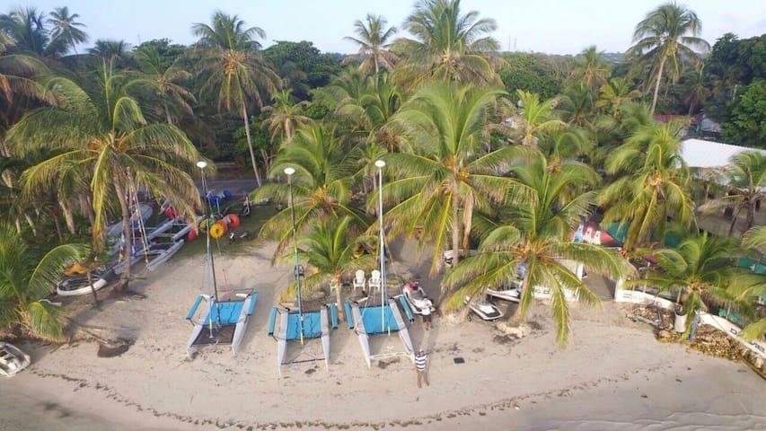 Chamey's Nautica - San Andrés