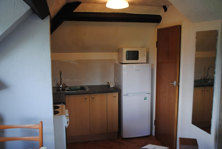 Haytor Apartment in picturesque Maidencombe