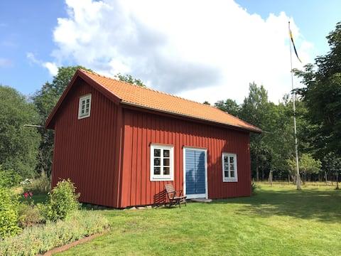 Lilla huset vid sjön Fiolen