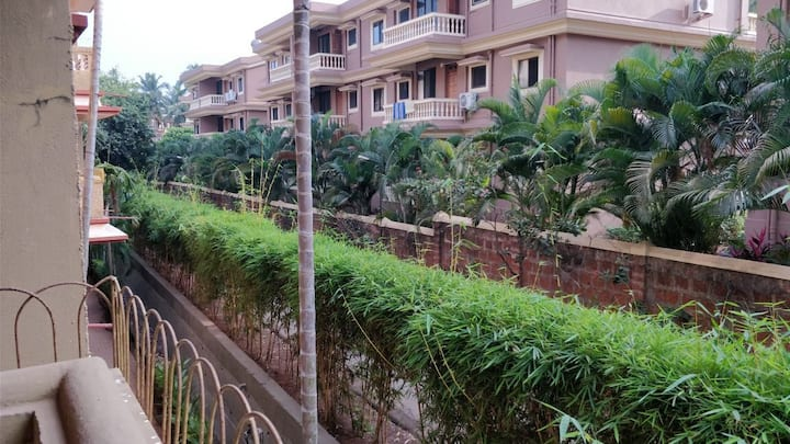 An apartment 10 mins walk from Candolim beach