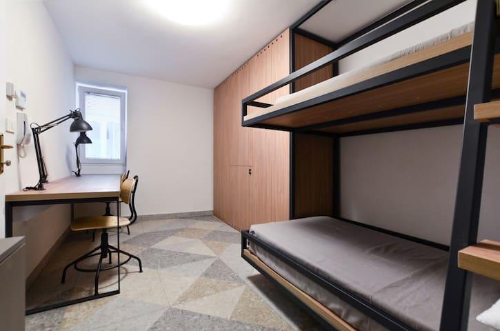 Apartment for 4 -  MLADINSKA 7,  room  N. 2D3D