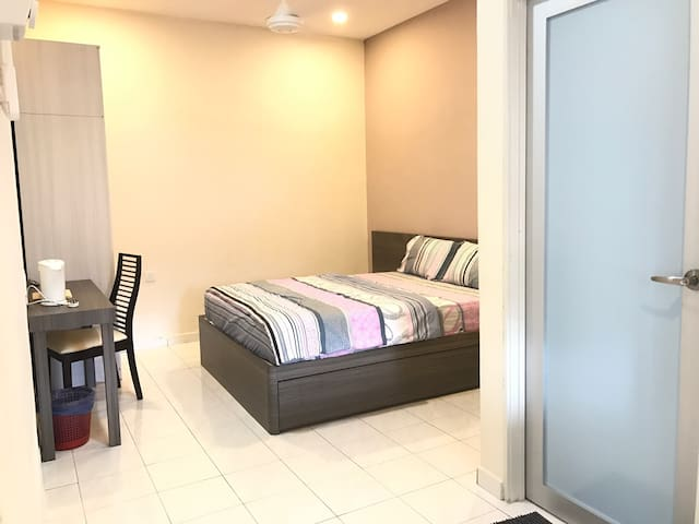 Budget  Family Room 经济家庭房(PW1) - Ulu Tiram - Townhouse