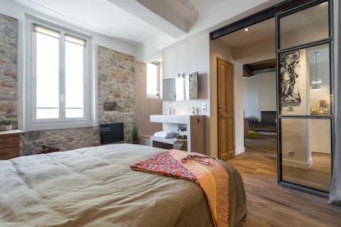 Fantastique loft 2 chambres 2 sdb Vieil Antibes !!