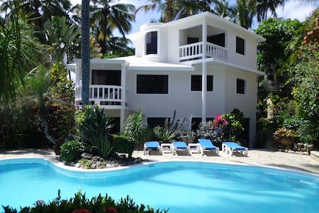 Studio no 2 with a terrace for two - Cabarete