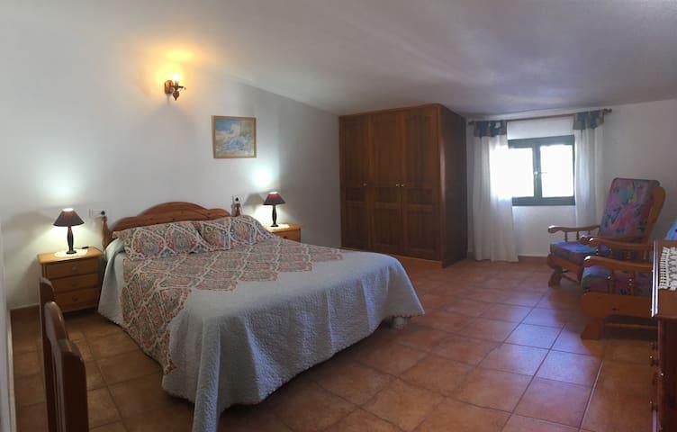 Dormitorio principal 2 pax