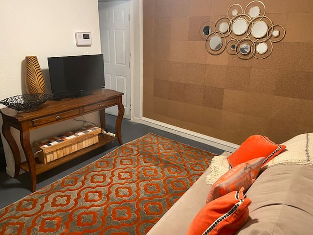 Boho Chic In-Law Suite in Tempe (101 & Southern)