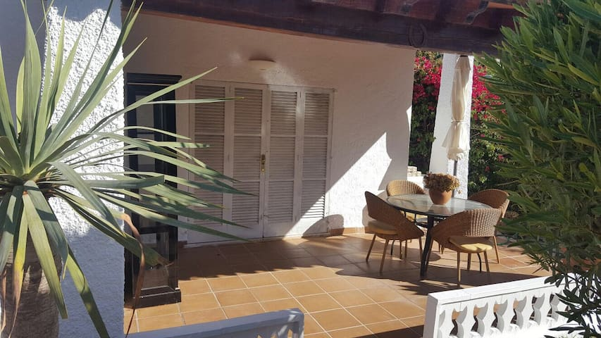 Cosy 3 bedroom finca in Costa de la Calma