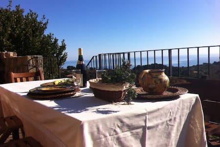 Villa avec vue panoramique Mer(Solenzara)-Montagne - Ventiseri