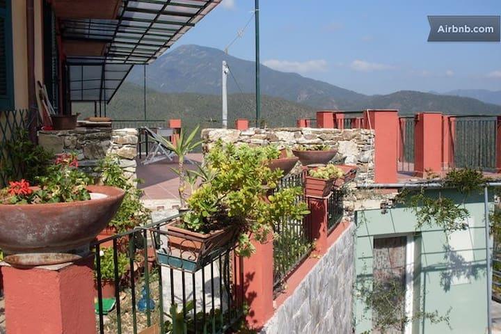 SETTE Venti  n. 41 d.  -  Casa Gialla P. Terra- - Casarza ligure - Apartemen