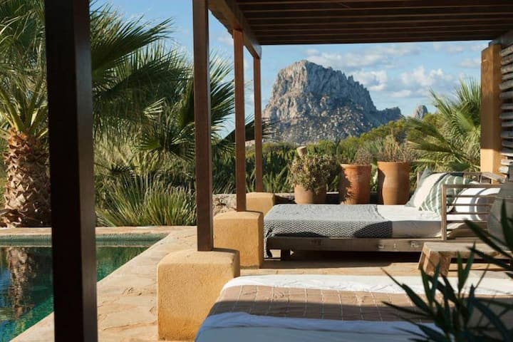 KASBAH II, 8 persons, Cala Carbo - Ibiza