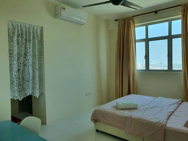Sweet Home Suite Private Room 1-4pax