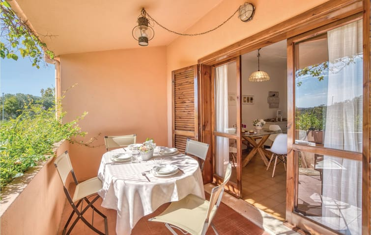 Terraced house with 2 bedrooms on 50m² in Porto Istana