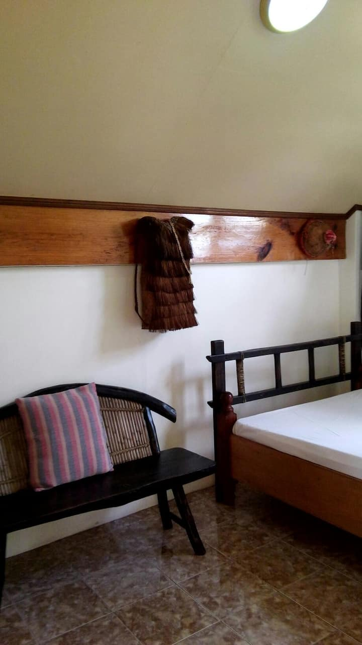 (ROOM 5) BAGUIO COUNTRY REST HOUSE