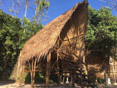 Isla - Elevated Basic Bamboo Hut with Seaview 4
