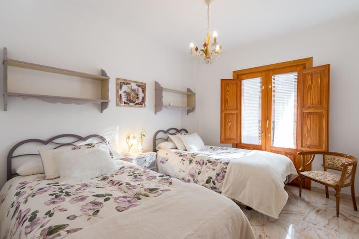 Bonita Casa en Barrio De Monachil . - Granada - Flat