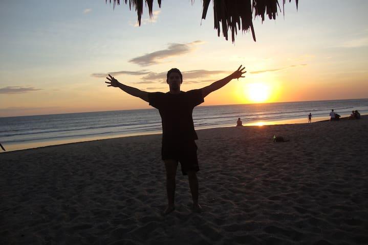 Binestar y Salud en Playa Poneloya - Gästhus