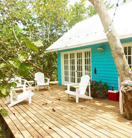 Sapphirina, beach house
