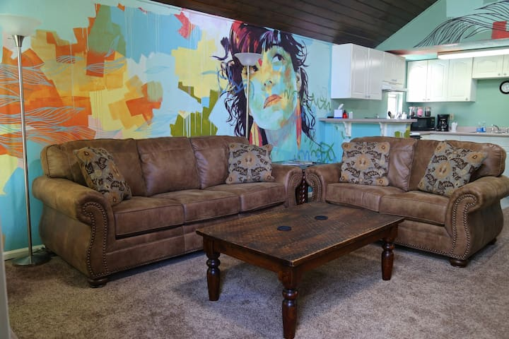 Beautiful large private flat with murals and view