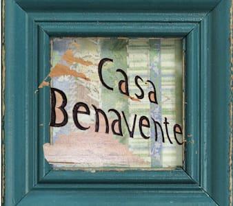 CASA BENAVENTE (#2) - Guatemala - House