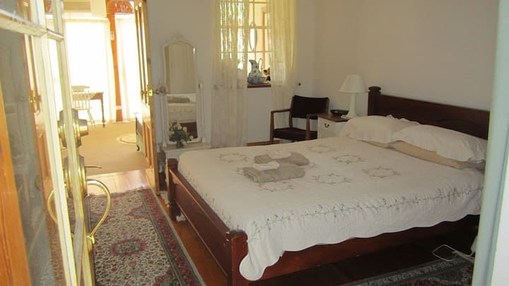 Huon Room