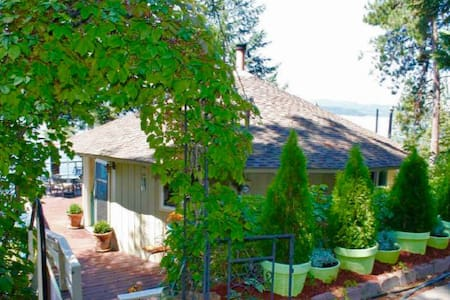 RoundHouse on Lake CDA with private beach & dock - Coeur d'Alene - Σπίτι διακοπών