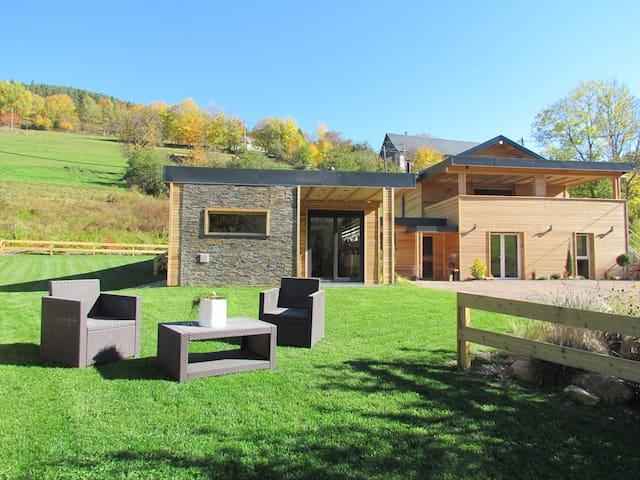 """Gîte """"Le Quimberg"""" 10 personnes jacuzzi et sauna"""