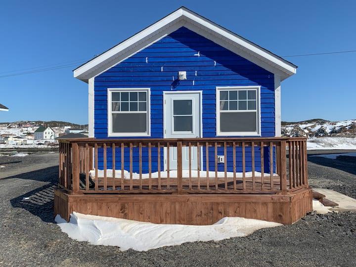(Blue Cabin) Clara's Shoreline Getaway