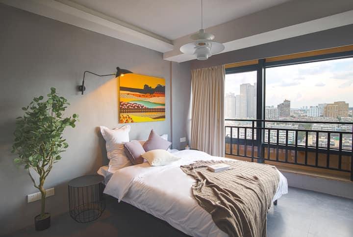 【多事的风】新街口高层/俯瞰南京/巨幕投影/毗邻夫子庙/地铁边●新街口公寓
