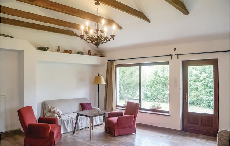 Holiday cottage with 3 bedrooms on 140m² in Pécsely