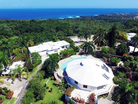 Casa  Dominican Caracol, LosFarallones,ocean view