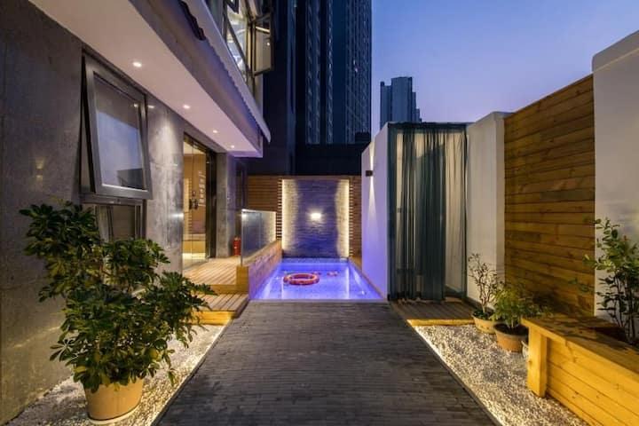 泳池庭院双客厅套房(双层)【瘦西湖·叠方屋度假民宿】