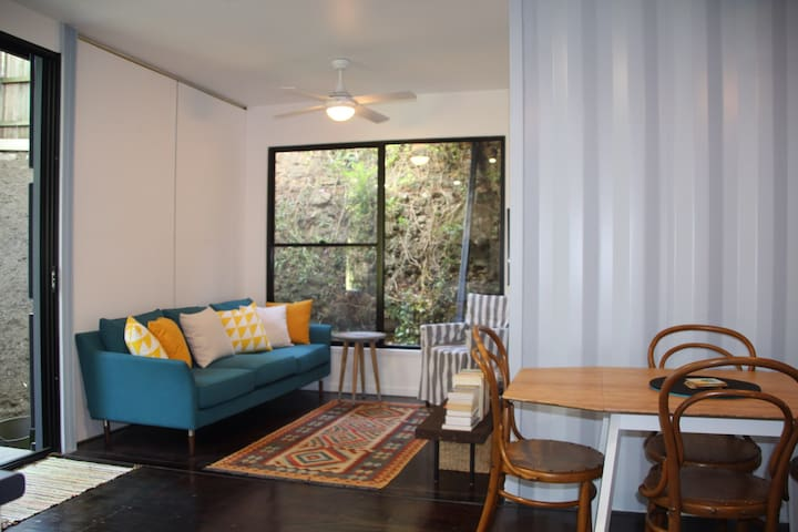 Funky, Comfortable and Convenient! - Woolloongabba - House