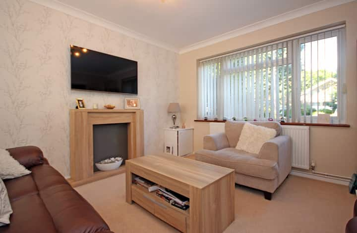 A modern family 4 bed home in  St Albans.