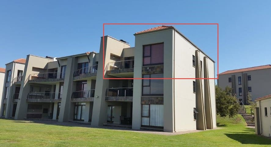 Red rectangle indicate apartment position in building
