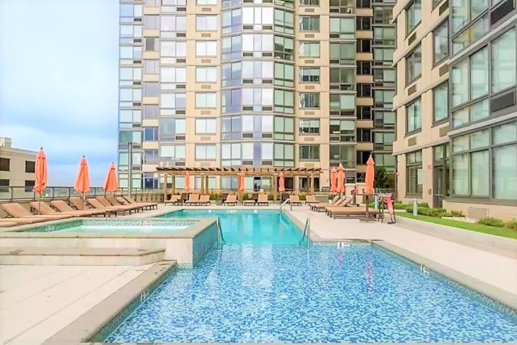 Manhattan 1 Stop Gym Billiard Swimming Pool Appartements Louer Jersey City New