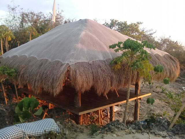 Duke Ellington Sunset Kubo Hut Loft