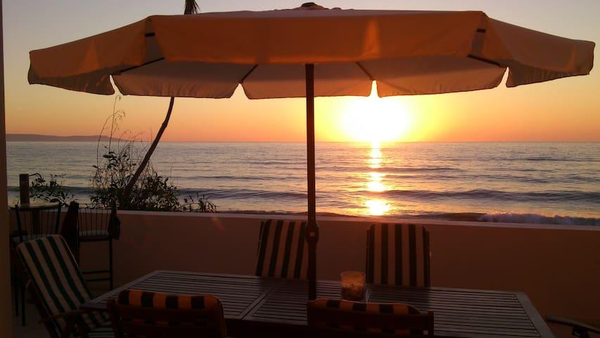 cyprus beach front ayia marina - Agia Marina Chrysochous - Rumah