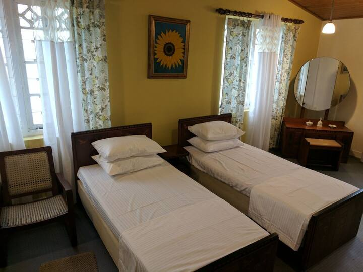 Sarath's Room