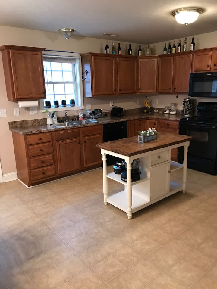 Spacious kitchen for guests to use