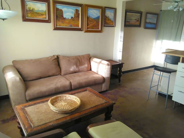 Mid Town Phoenix One Bedroom Apt. - Phoenix - Appartement