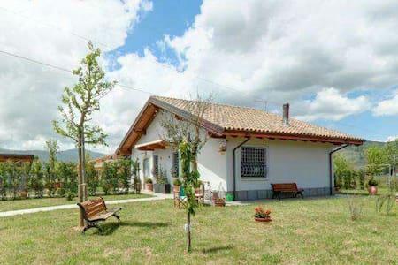 """Residenza Terra delle Rane - Dependace """"La Verde"""" - Scurcola Marsicana"""