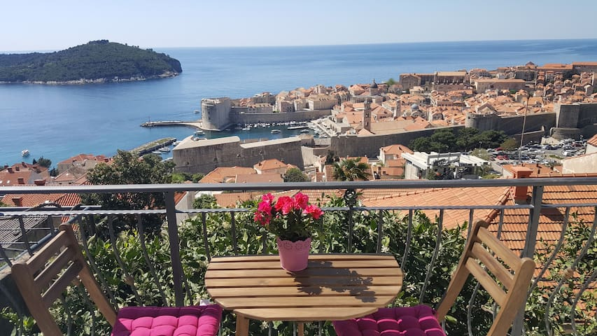 Ida apartment-great location&amazing view