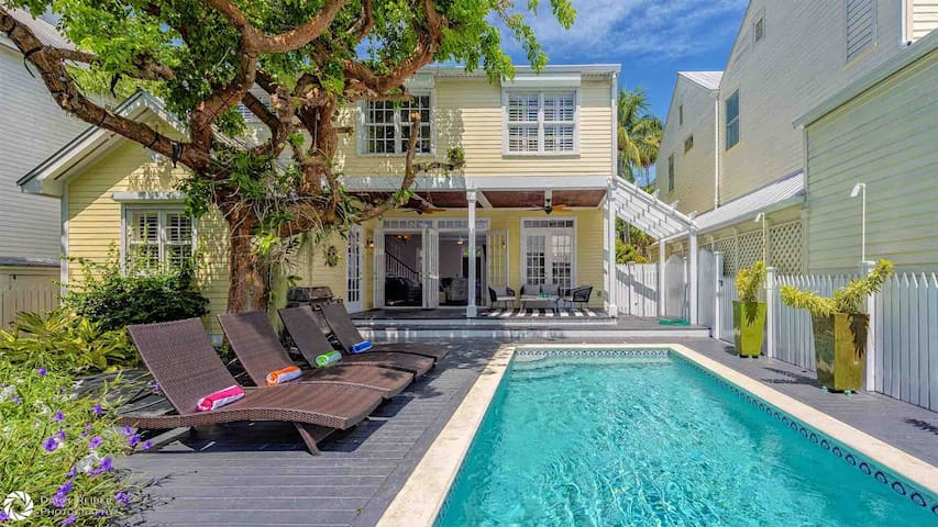 **SEVENTH HEAVEN @ THE ANNEX** Elegant Private Home & Pool + LAST KEY SERVICES…