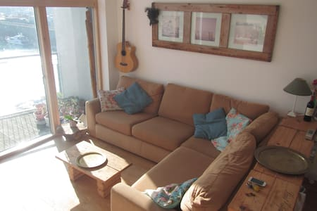 Beautiful Penthouse Apartment with Marina View. - Saint Helier - Departamento